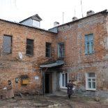 Скрягам на заметку: Воронежцев предостерегли от желания нажиться на расселении из ветхого и аварийного жилья