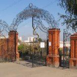 Заперты на кладбище: Установщики надгробий в Воронеже ответят «рублем» за срезанные замки на воротах погоста